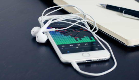 BlackBerry KEY2 LE Leaked Design Renders, Specifications