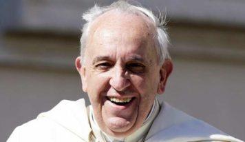 Papa Francisco: «Asegúrate de no prestar atención a la gente infeliz»