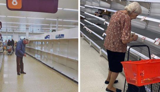 Difunden fotos de ancianos desolados viendo los estantes vacíos para crear consciencia