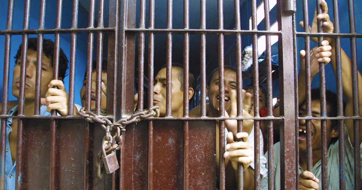 En CDMX liberarán a 800 presos de cárceles por la emergencia sanitaria
