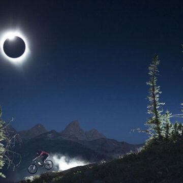 Para finalizar bien este 2020 la NASA nos invita a disfrutar de estos dos eclipses
