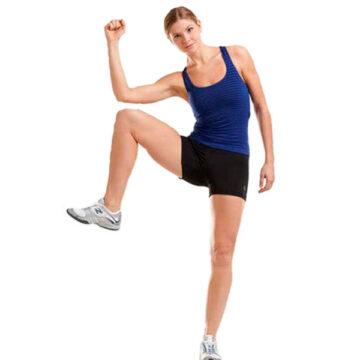 Rutinas de abdominales de pie que puedes realizar desde tu casa
