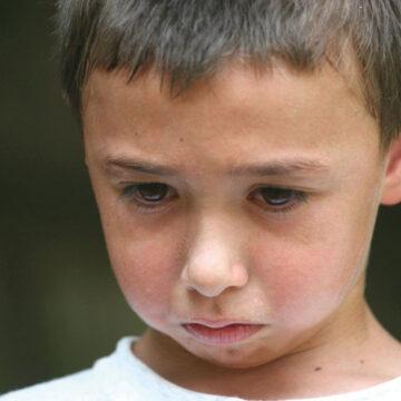 Según la psicología, el castigo físico destroza la salud mental en los niños