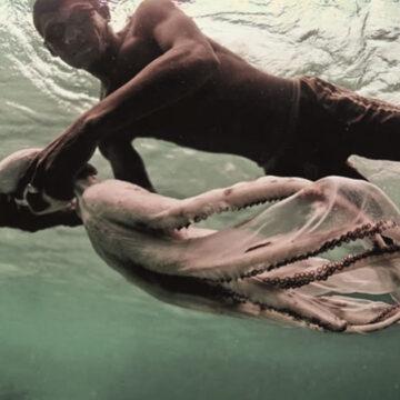 La tribu que mutó y es capaz de nadar a 60 metros bajo el agua
