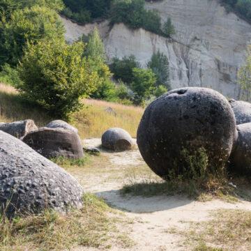 Las misteriosas piedras en Rumanía que respiran, crecen y se reproducen